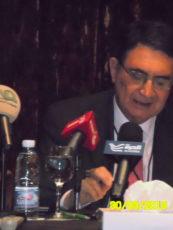 وليد خدوري: الدولة الريعية تحيي الديكتاتورية وتعيق التنمية المستدامة في العراق