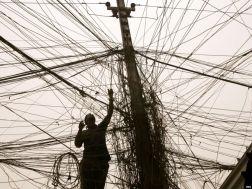 عصام الخالصي: التلاعب والتضليل في إدارة شؤون الطاقة في العراق