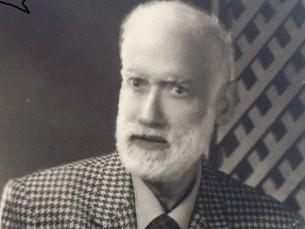 1. استاذ دكتور محمد سلمان حسن