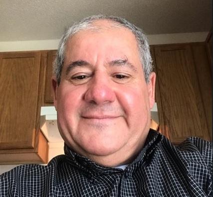 Expert in Political Economy Dr Mohaned Al-Hamdi